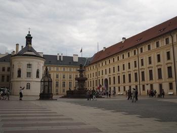 プラハ城内.jpg